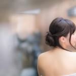 お風呂で簡単シニヨンヘアー♪【100均】ピンもゴムも不必要!シニヨンじょうずとは?