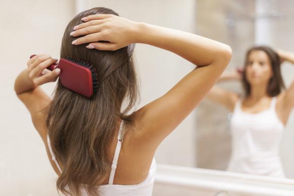 髪の毛 ブラッシング