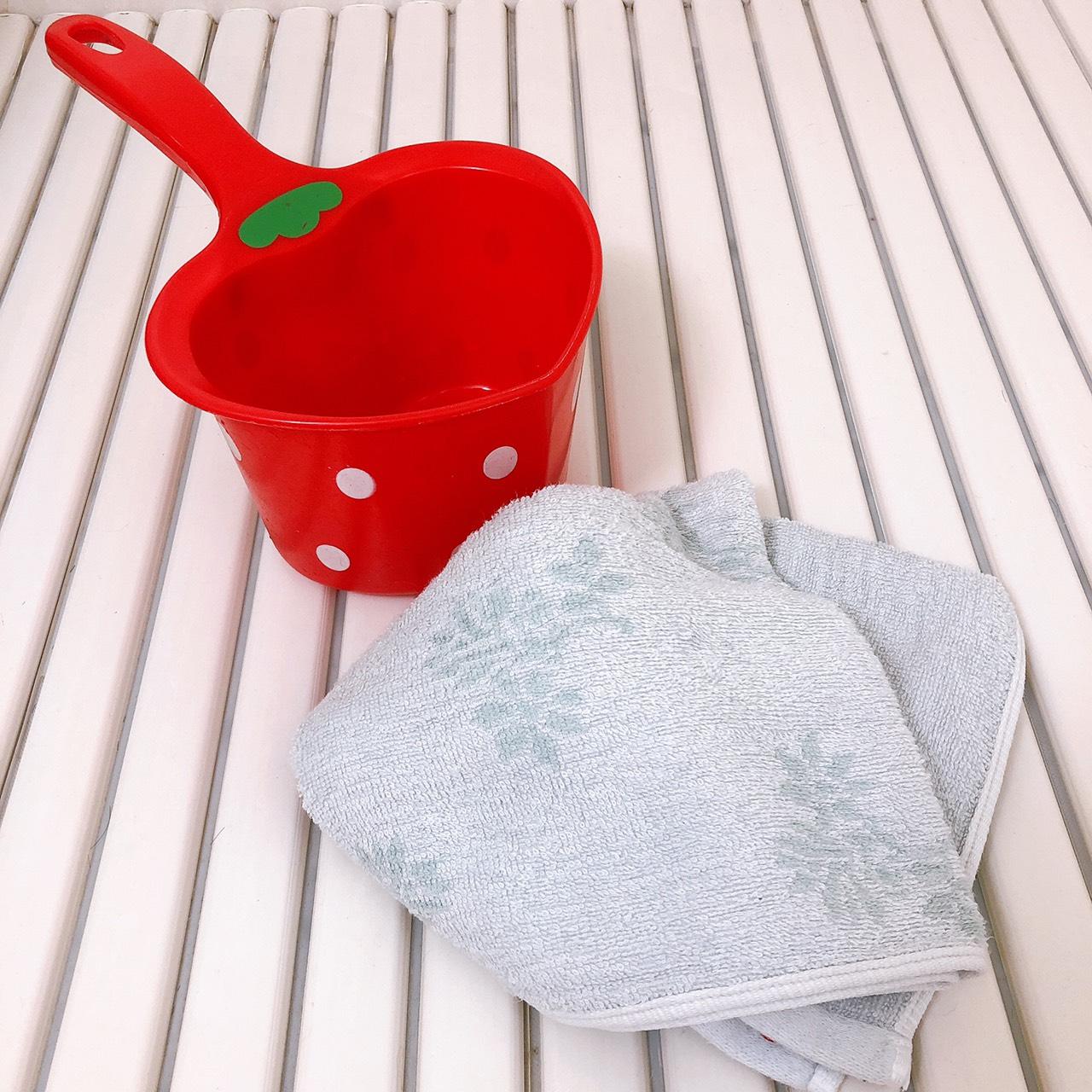 風呂桶とフェイスタオル